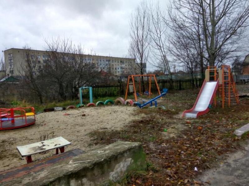 3 комнатная квартира, Змиев, Харьковская область (11444 1)