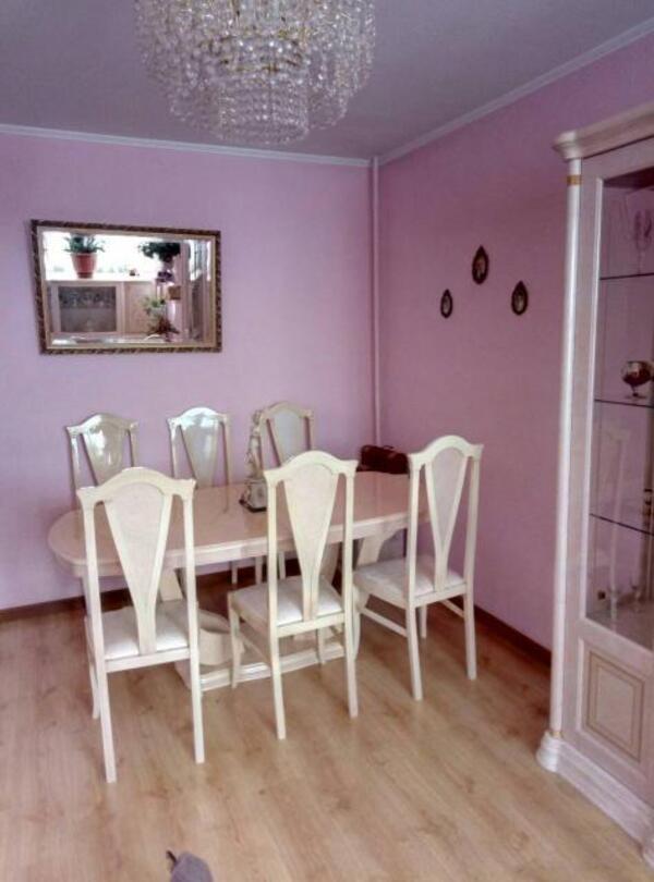 Квартира, 5-комн., Харьков, Защитников Украины метро, Сергеевская