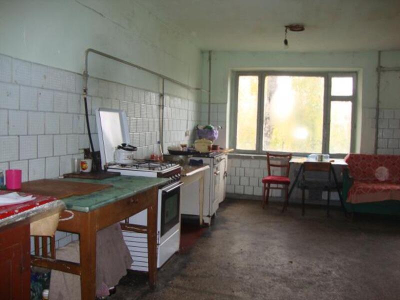 2 комнатная гостинка, Чугуев, Дружбы (Кирова, Советская. Ленина), Харьковская область (177096 5)