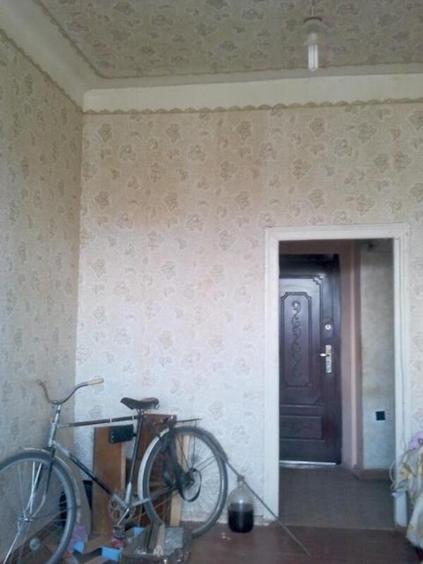 1 комнатная гостинка, Чугуев, Щорса (пригород), Харьковская область (187573 5)