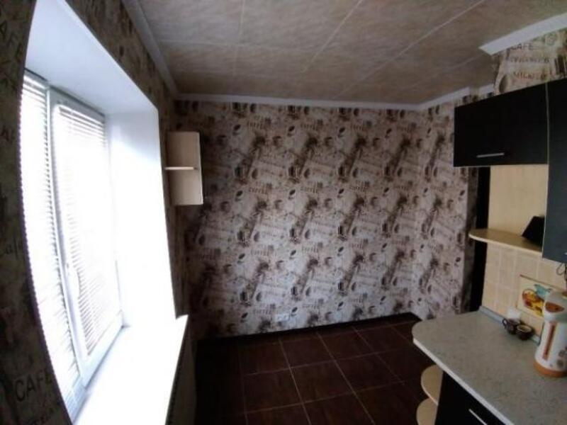 Купить 2-комнатная квартира, Дергачи, Сосновый в-д, Харьковская область