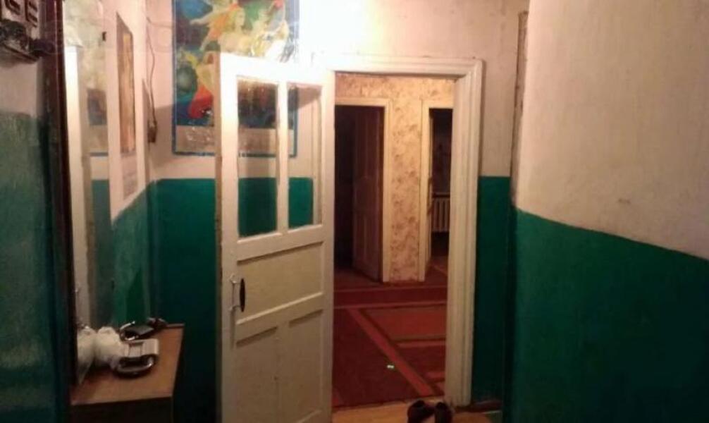 Квартира, 3-комн., Волчанск, Волчанский район, Мира (Ленина, Советская)