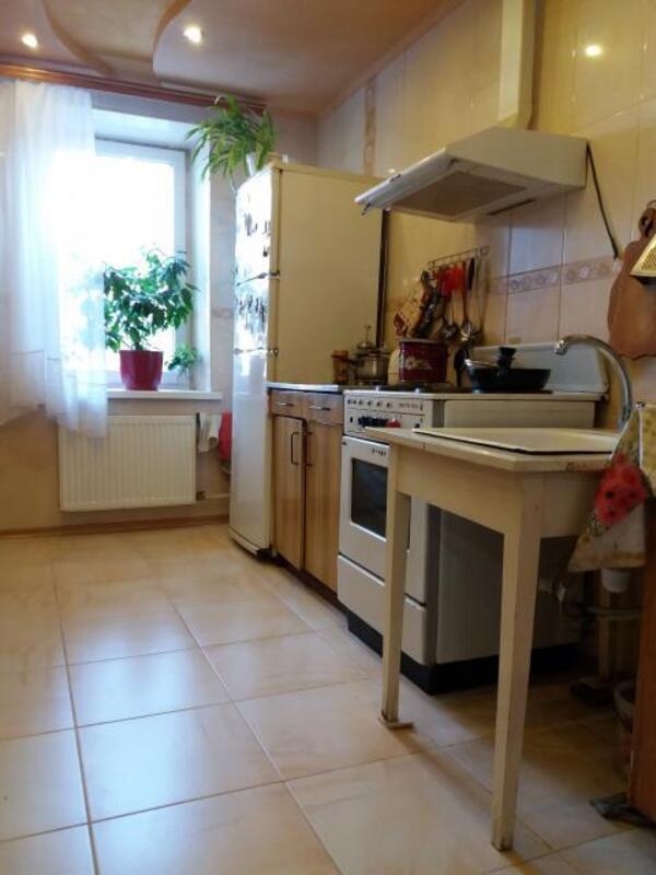 3 комнатная квартира, Харьков, Салтовка, Гвардейцев Широнинцев (213799 1)