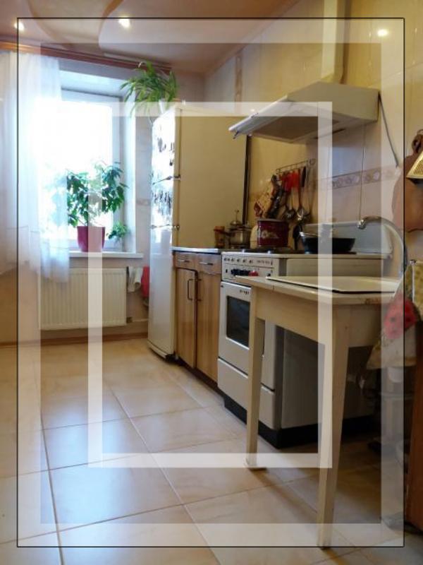 3 комнатная квартира, Харьков, Салтовка, Амосова (Корчагинцев) (213799 6)