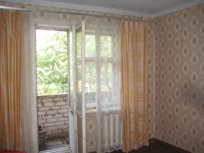 Квартира, 3-комн., Александровка, Золочевский район