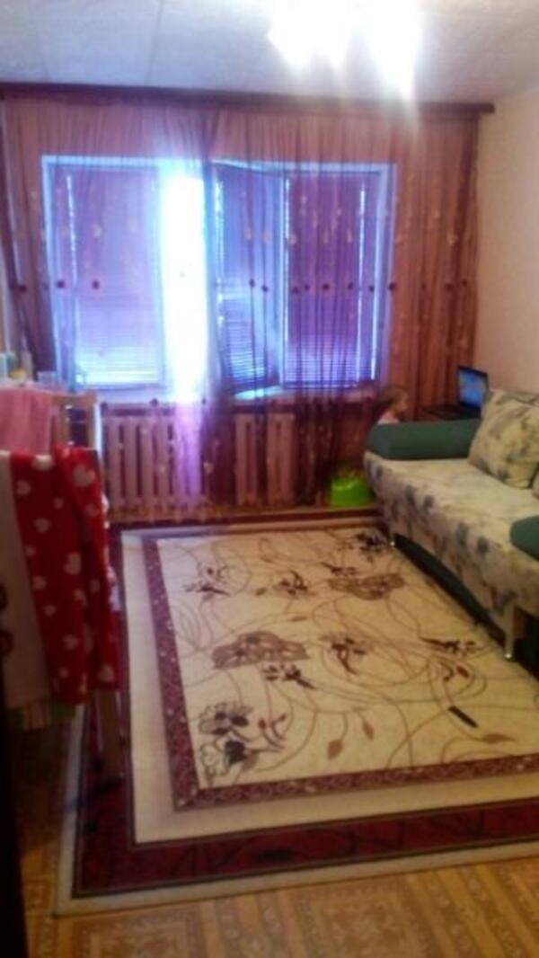 Купить 3-комнатная квартира, Чугуев, Карбышева, Харьковская область