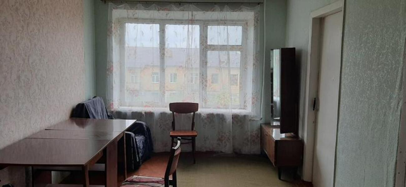 Квартира, 4-комн., Эсхар, Чугуевский район, Терешкова