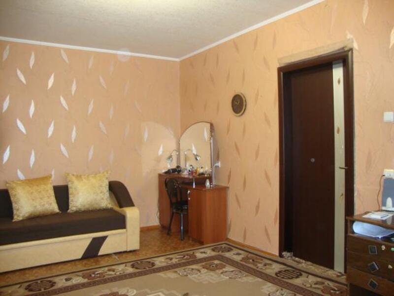 2 комнатная квартира, Чугуев, Харьковская (Ленина, Советская, Артема), Харьковская область (297093 1)
