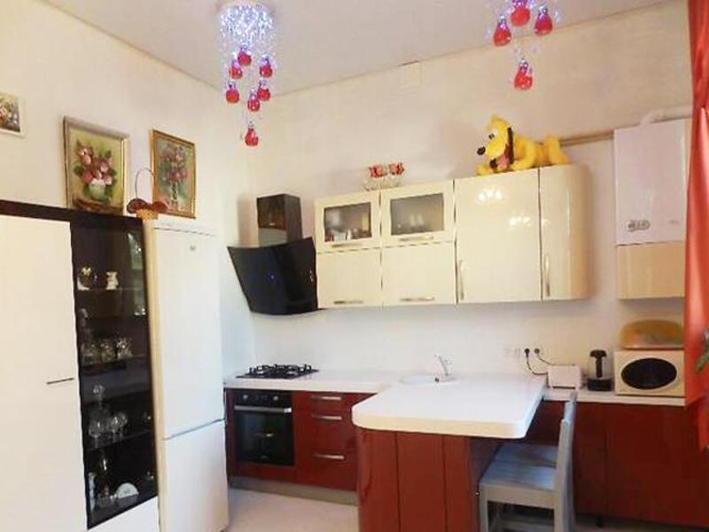 Купить 3-комнатная квартира, Харьков, Старая салтовка, Сабуровская (Серп и Молот)