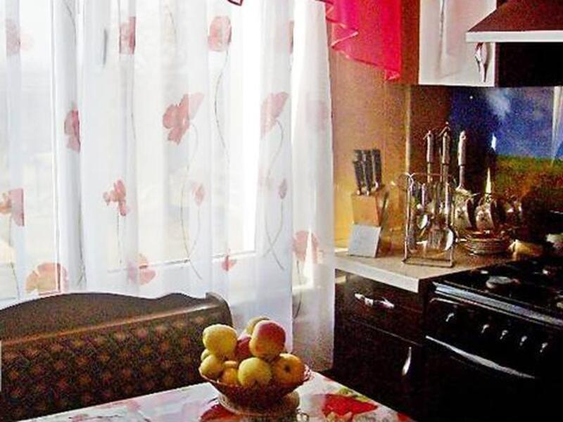 квартиру, 3 комн, Харьковская область, Золочевский район, Александровка, Дергачевское направление (310605 5)