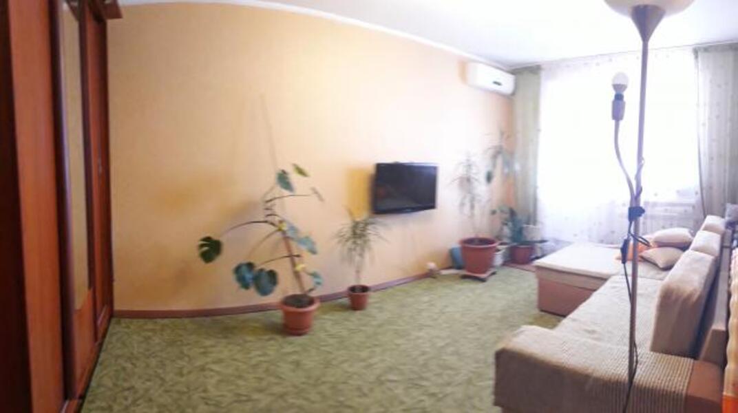 1 комнатная квартира, Змиев, Харьковская область (326446 4)
