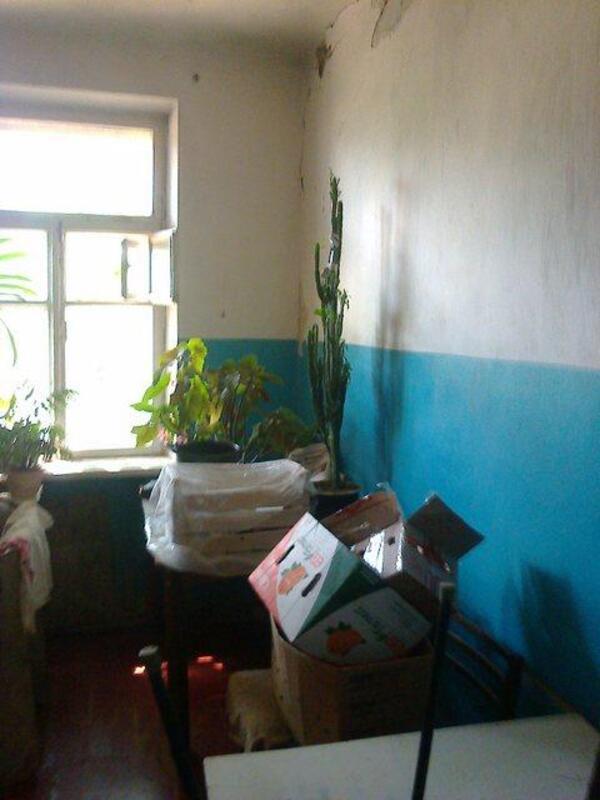 2 комнатная гостинка, Чугуев, Дружбы (Кирова, Советская. Ленина), Харьковская область (340744 3)
