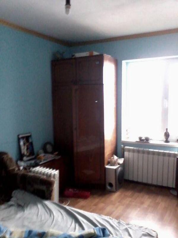 Квартира, 2-комн., Веселое, Харьковский район, Первомайская