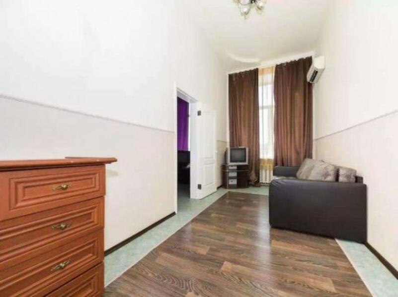 3 комнатная квартира, Харьков, Жуковского поселок, Астрономическая (350108 1)