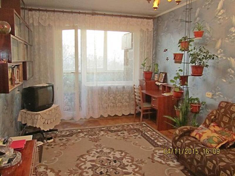 квартиру, 4 комн, Харьков, Салтовка, Тракторостроителей просп. (354322 1)