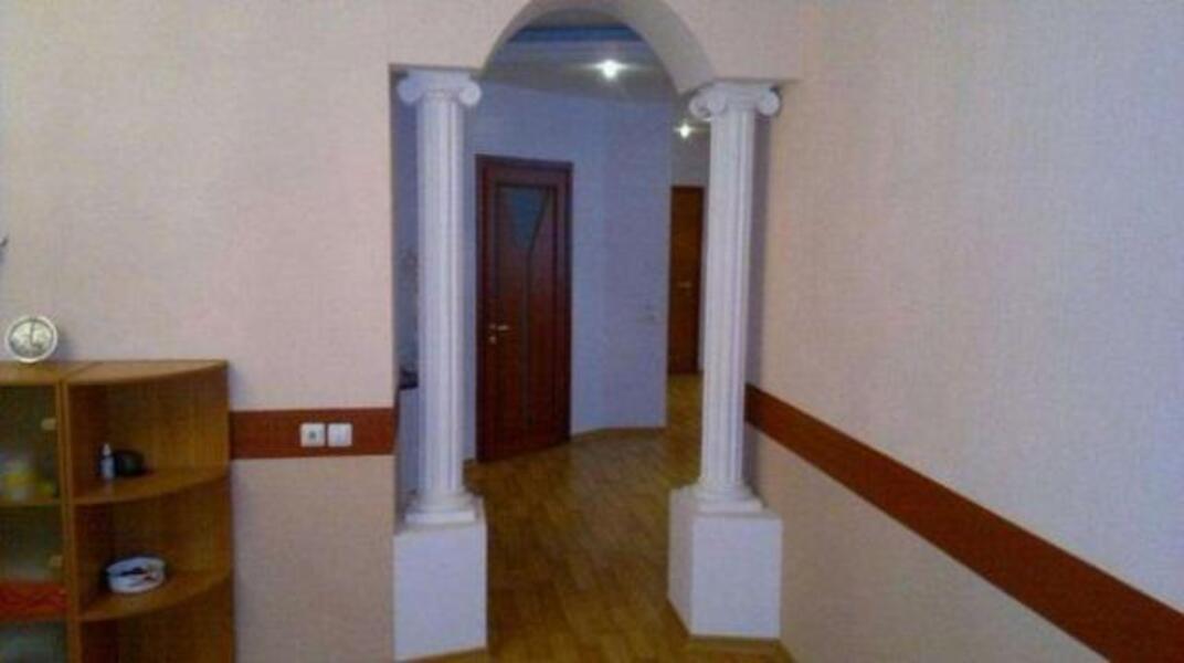 Квартира, 4-комн., Харьков, Спортивная метро, Молочная (Кирова)