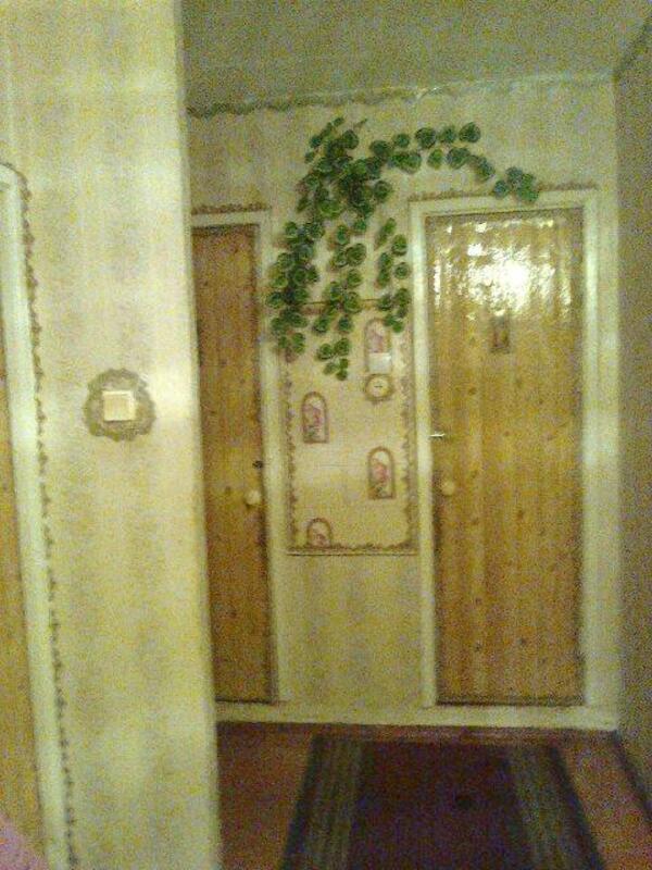 3 комнатная квартира, Чугуев, Харьковская (Ленина, Советская, Артема), Харьковская область (372346 1)