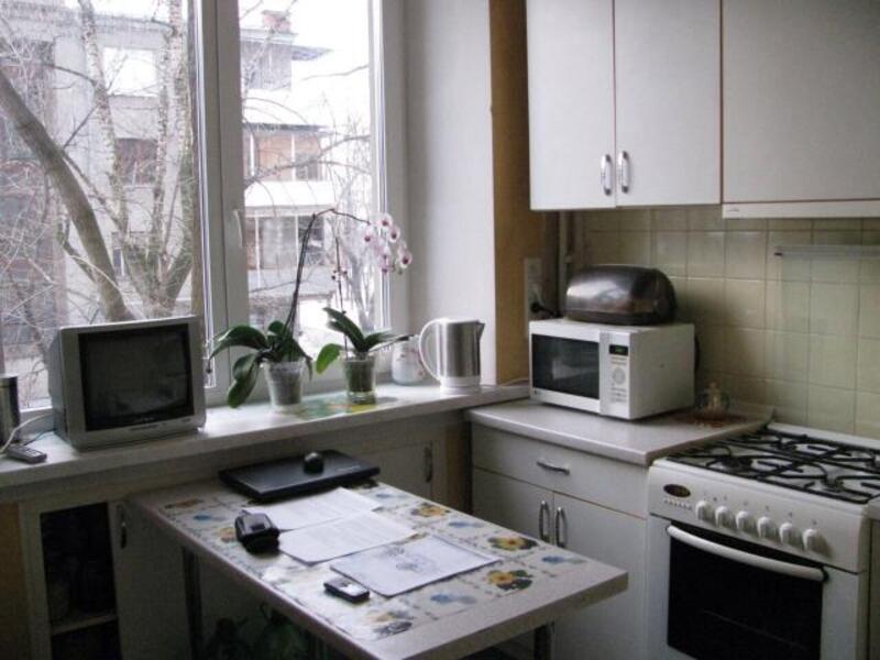 2 комнатная квартира, Харьков, ШАТИЛОВКА, Шатиловская (Ленина) (382416 4)