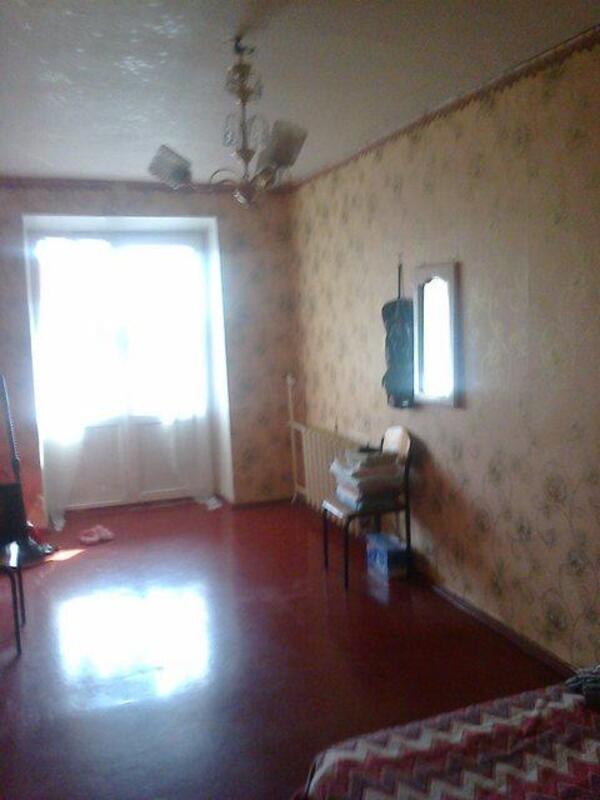 1 комнатная квартира, Чугуев, Комарова, Харьковская область (383047 2)