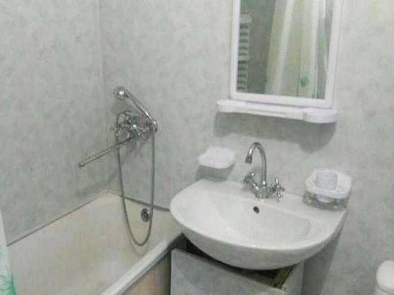 1 комнатная квартира, Солоницевка, Независимости (Луначарского,70 Лет Октября, Буденого), Харьковская область (386087 3)
