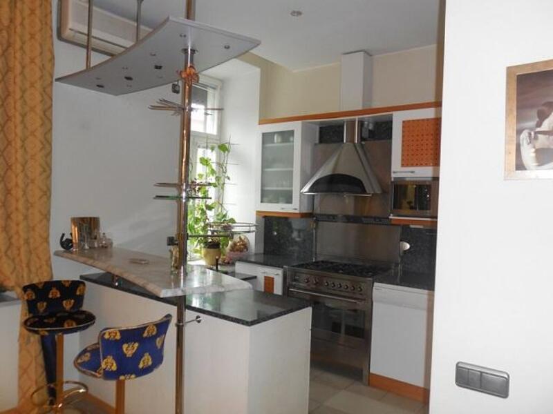 Продажа квартиры 6 комн в Харькове