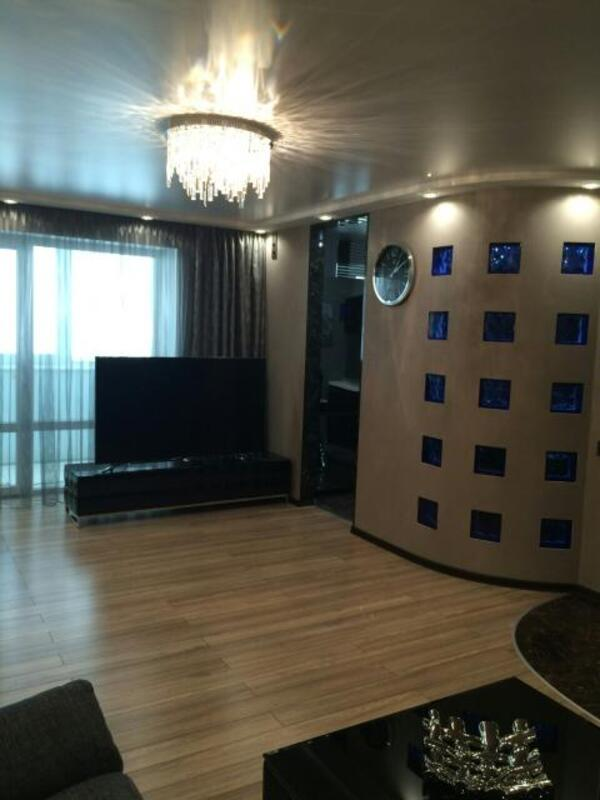 2 комнатная квартира, Харьков, Защитников Украины метро, Московский пр т (395400 5)
