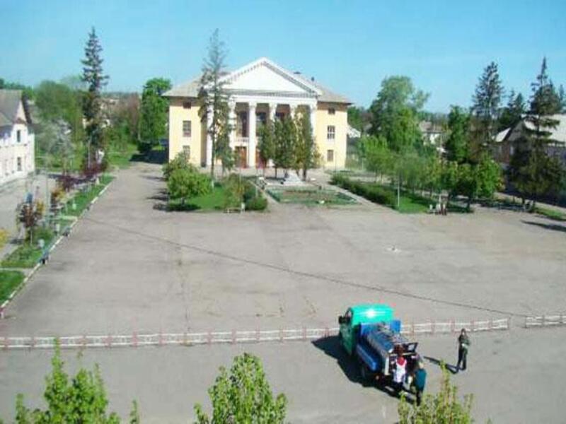 Купить 3-комнатная квартира, Эсхар, Рождественская (Энгельса, Кирова), Харьковская область