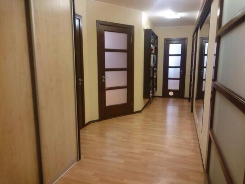 3 комнатная квартира, Харьков, Салтовка, Гвардейцев Широнинцев (411887 1)