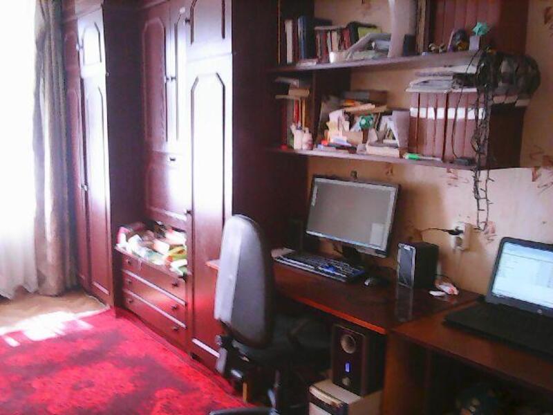 3 комнатная квартира, Эсхар, Молодежная (Ленина, Тельмана, Щорса), Харьковская область (412888 2)