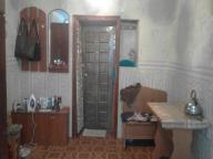 1 комнатная гостинка, Чугуев, Староникольская (К. Либкнехта), Харьковская область (414215 3)