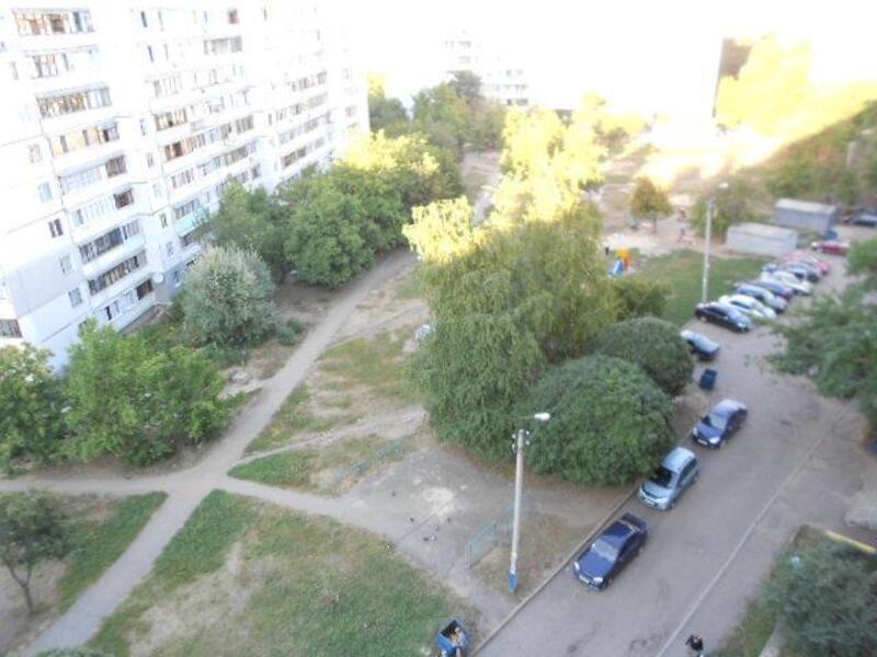 квартиру, 1 комн, Харьков, Северная Салтовка, Метростроителей (415034 4)