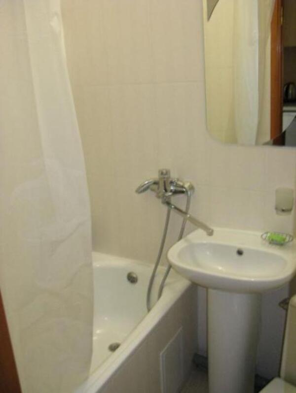 1 комнатная гостинка, Харьков, ОДЕССКАЯ, Морозова (427707 4)