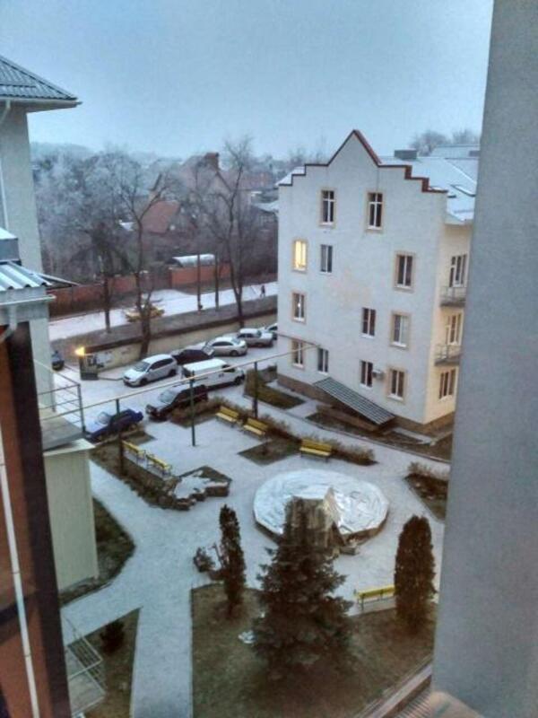 2 комнатная квартира, Солоницевка, Независимости (Луначарского,70 Лет Октября, Буденого), Харьковская область (431211 3)