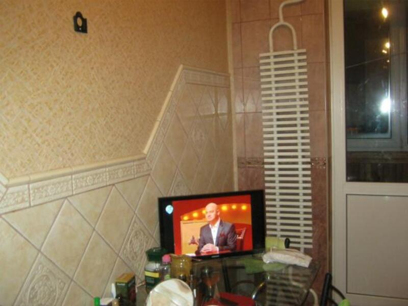 квартиру, 2 комн, Харьков, Салтовка, Гвардейцев Широнинцев (431895 8)