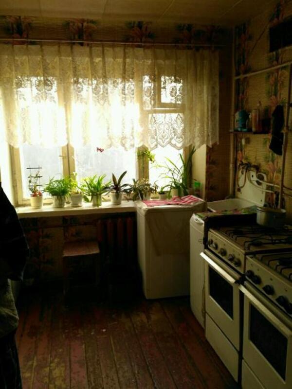 1 комнатная гостинка, Харьков, ХТЗ, Мира (Ленина, Советская) (436221 2)