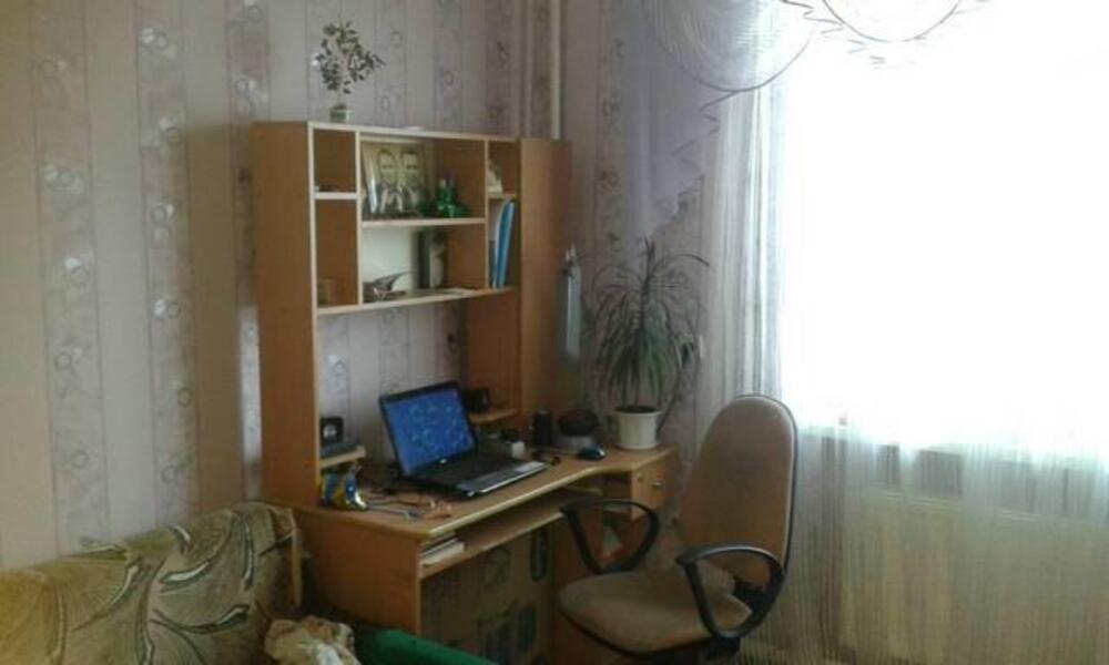 3 комнатная квартира, Эсхар, Победы ул. (Красноармейская), Харьковская область (442891 6)