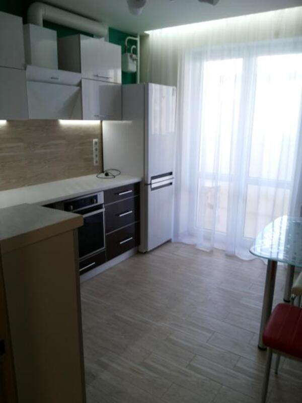 3 комнатная квартира, Харьков, Салтовка, Амосова (Корчагинцев) (446569 6)