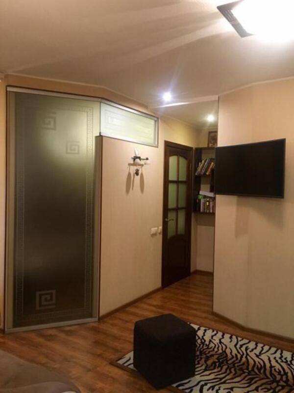 квартиру, 3 комн, Харьков, Гагарина метро, Гагарина проспект (450180 2)