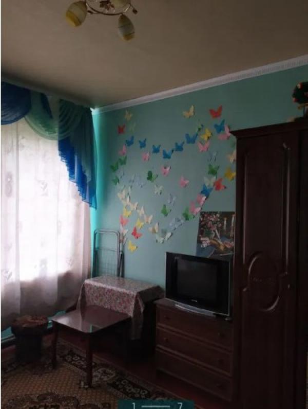 Купить 1-комнатная гостинка, Чугуев, Авиатор мкр, Харьковская область