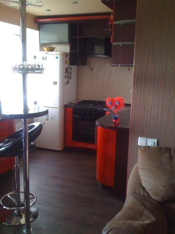 2 комнатная квартира, Харьков, ОДЕССКАЯ, Матросова (455569 1)
