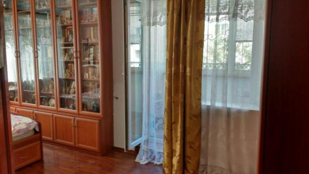 квартиру, 2 комн, Харьков, Старая салтовка, Автострадный пер. (457950 5)