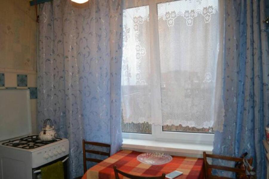 квартиру, 2 комн, Харьков, Старая салтовка, Автострадный пер. (464299 9)