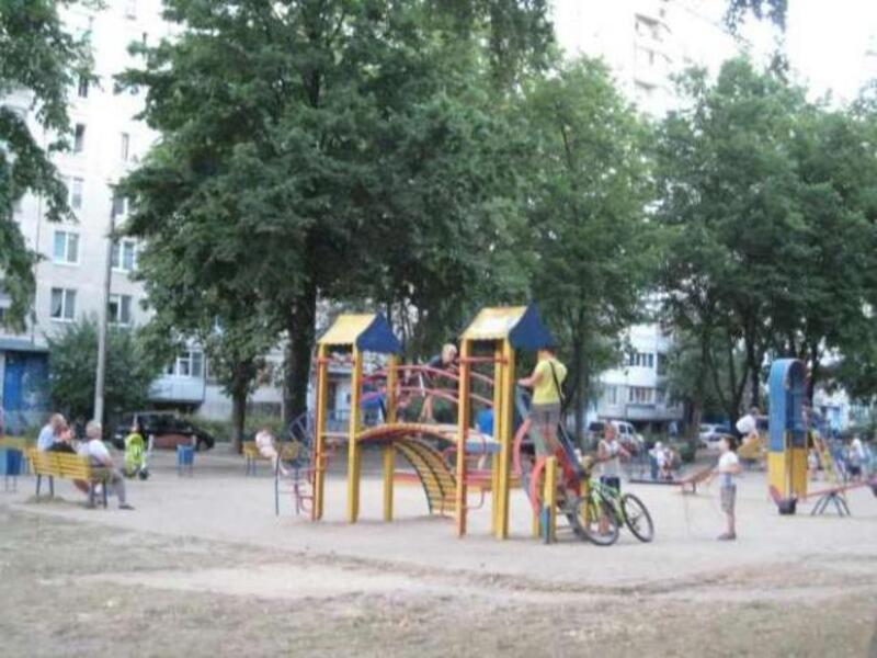 3 комнатная квартира, Харьков, Салтовка, Гвардейцев Широнинцев (471370 9)