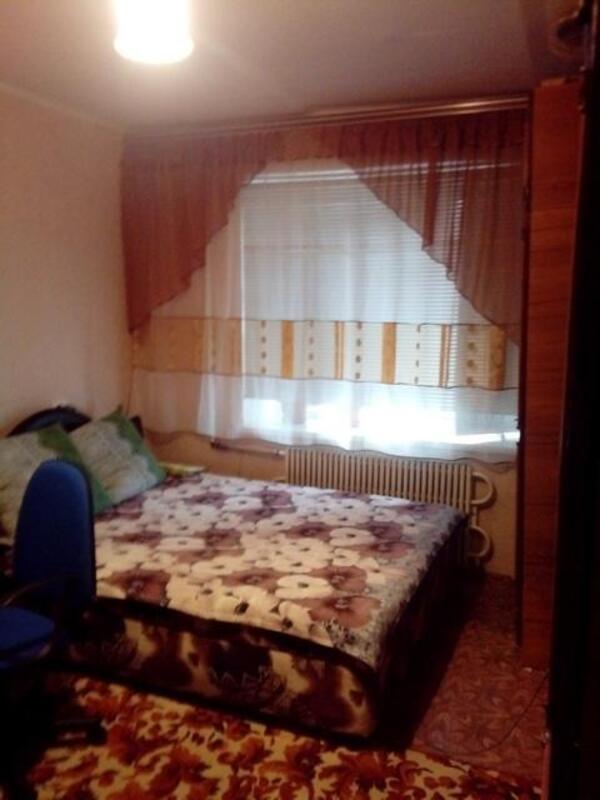 1 комнатная гостинка, Чугуев, Дружбы (Кирова, Советская. Ленина), Харьковская область (474784 4)