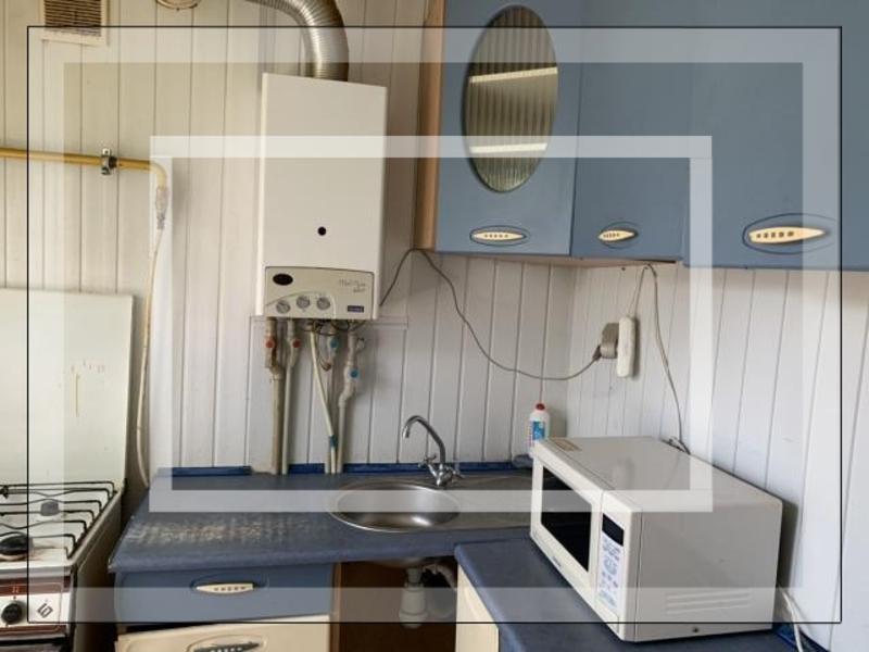 Купить 3-комнатная квартира, Дергачи, Центральная (Кирова, Ленина), Харьковская область