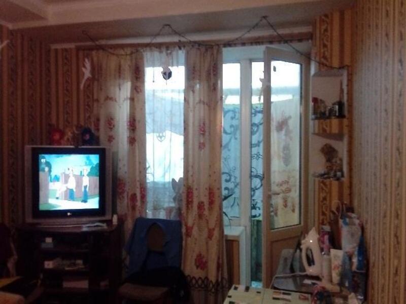 1 комнатная квартира, Чугуев, Харьковская (Ленина, Советская, Артема), Харьковская область (477530 8)