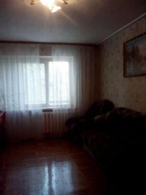2 комнатная квартира, Чугуев, Аграрная пл. (Октября пл.), Харьковская область (477646 1)