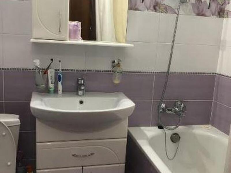 3 комнатная квартира, Харьков, Салтовка, Валентиновская (Блюхера) (480012 5)