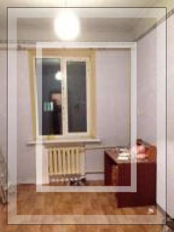 3 комнатная квартира, Чугуев, Октября пл., Харьковская область (481299 5)
