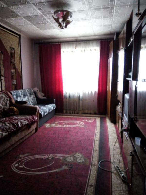 2 комнатная квартира, Чугуев, Харьковская (Ленина, Советская, Артема), Харьковская область (482421 1)